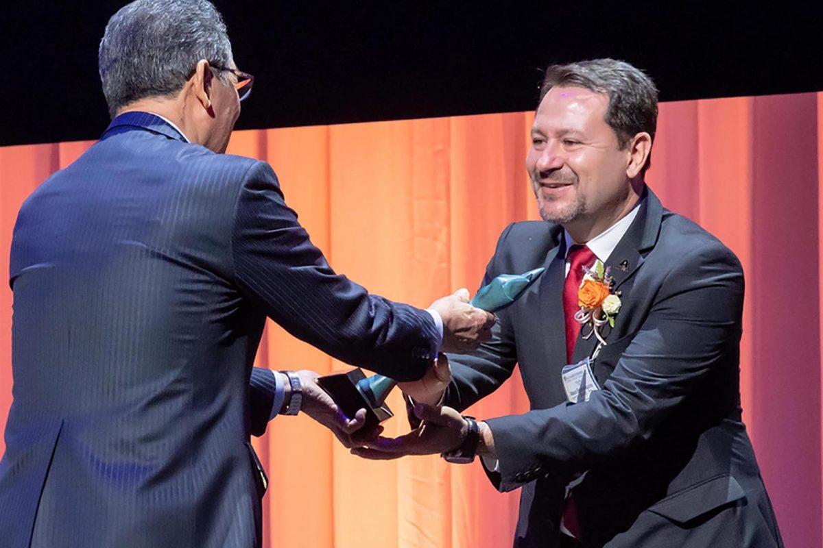A Axalta Brasil recebeu o Regional Contribution Award
