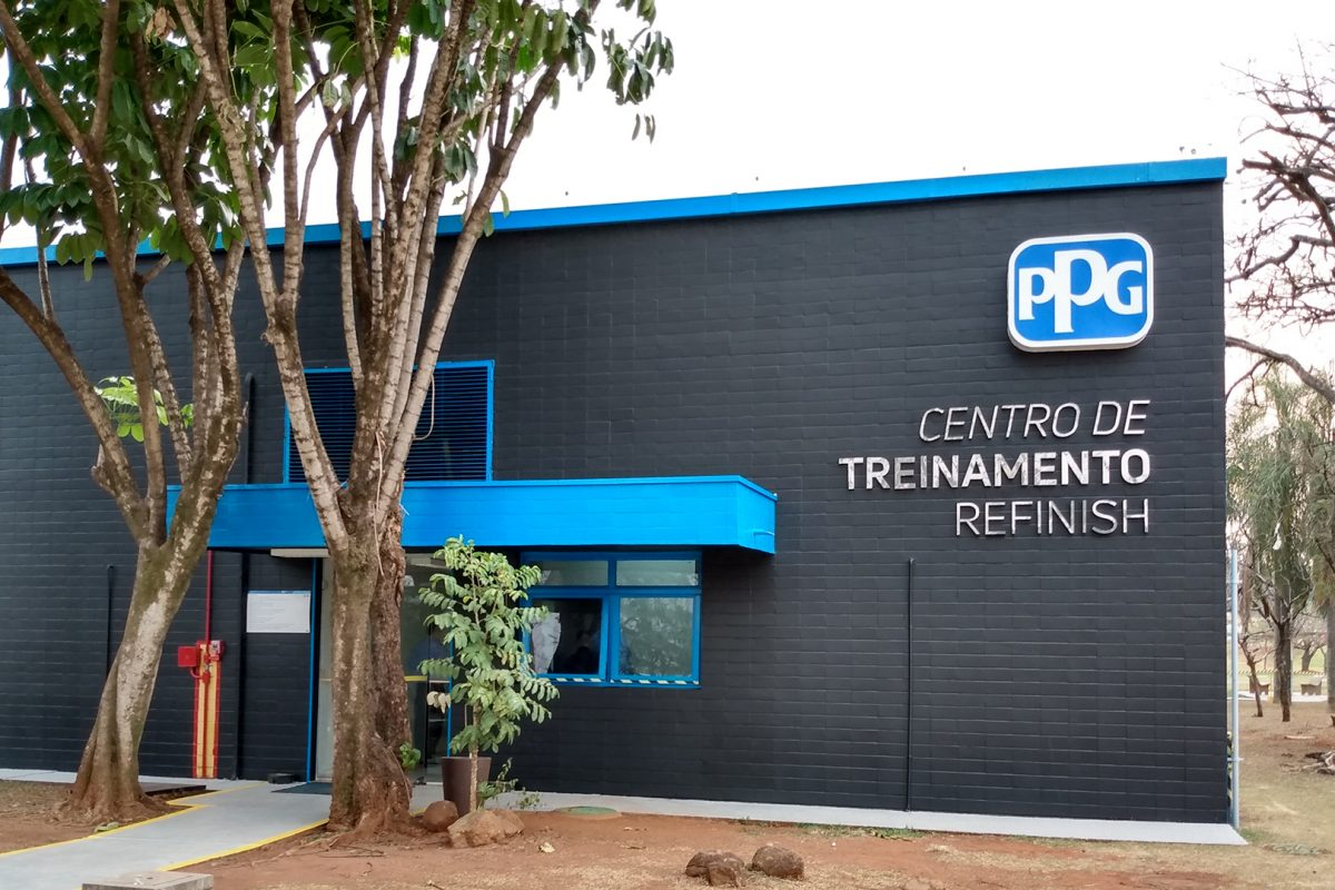 PPG investe aproximadamente R$ 1 milhão no Centro de Treinamento em Repintura Automotiva