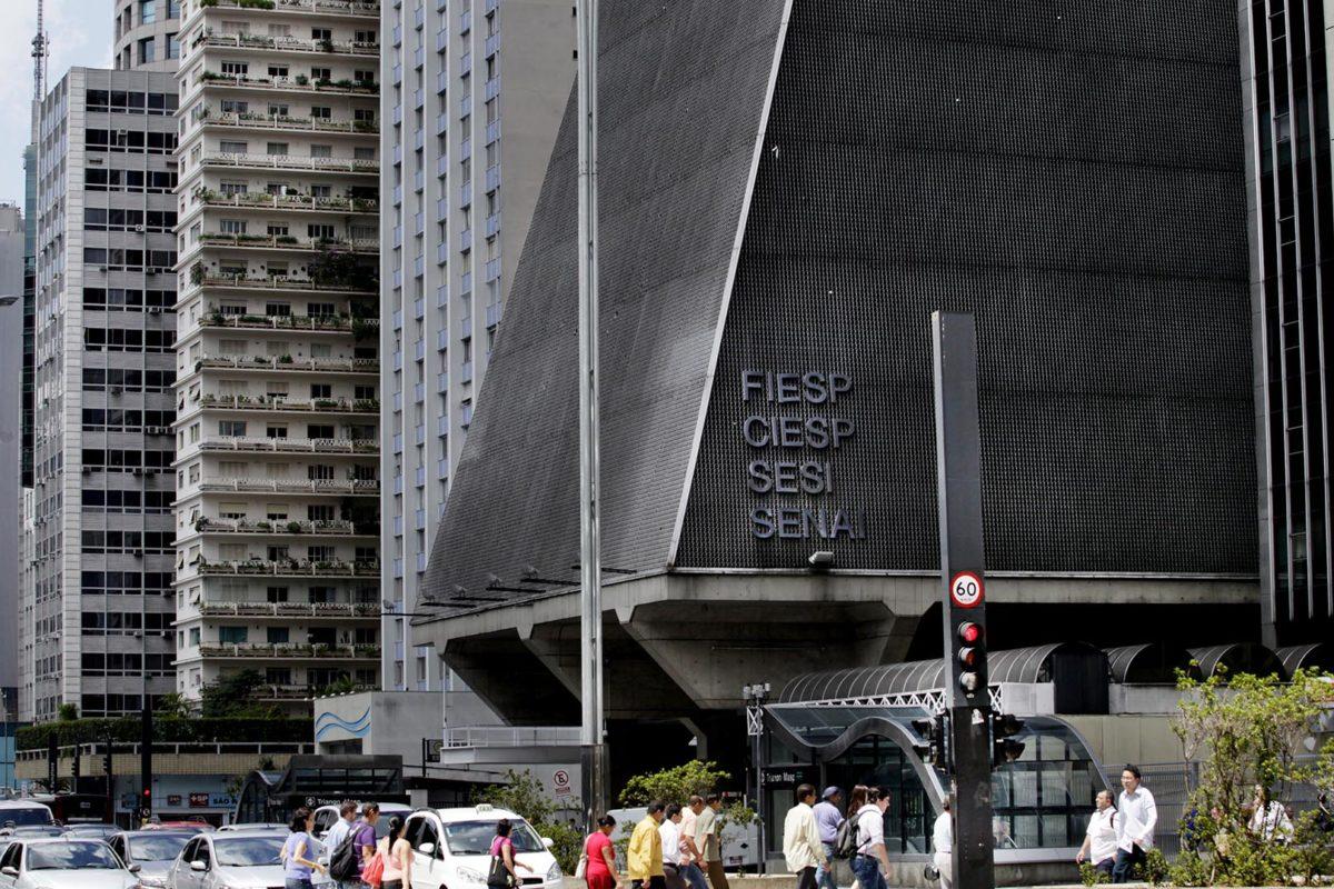 FIESP obtém liminar contra o aumento do licenciamento ambiental da CETESB