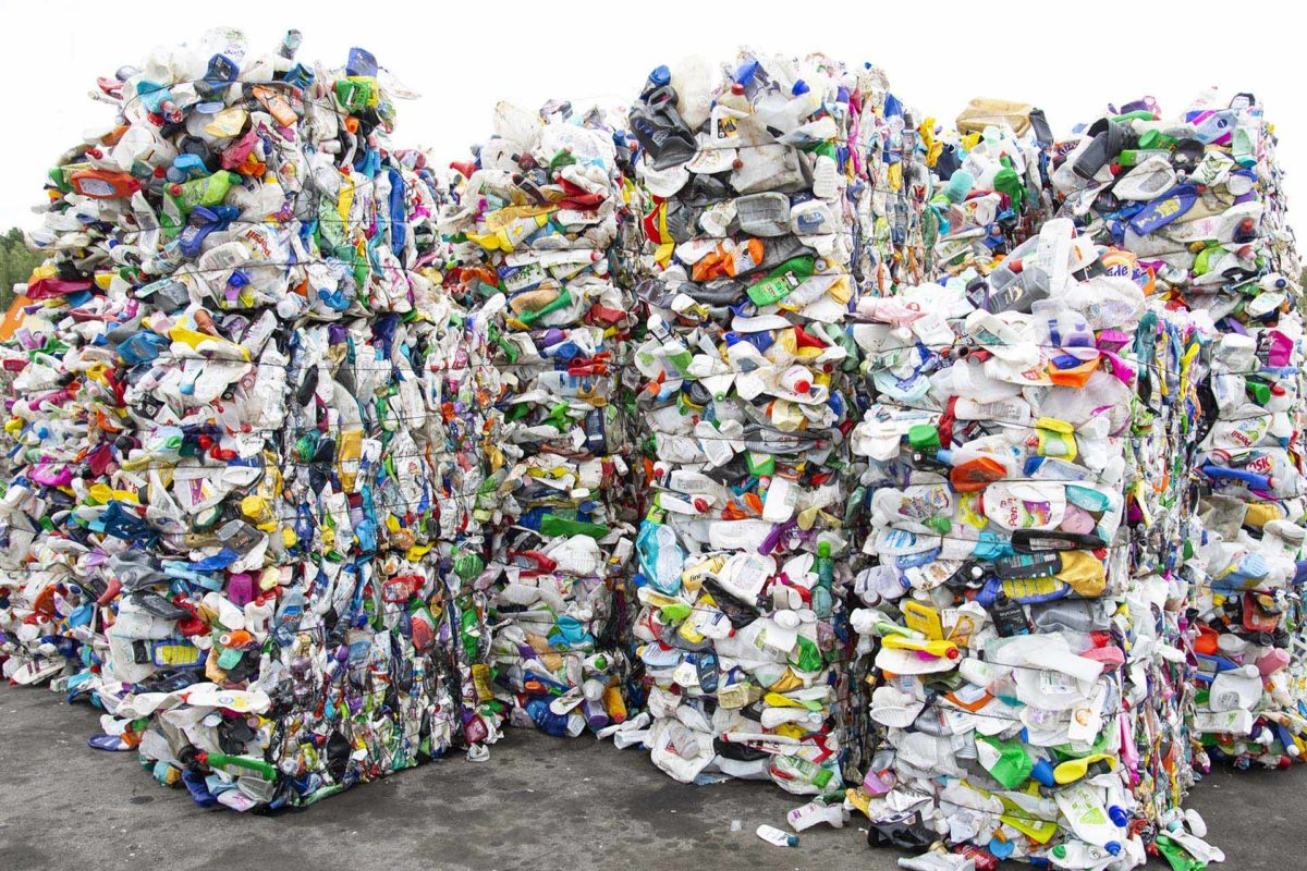 Tecnologia a serviço das políticas ambientais de resíduos sólidos