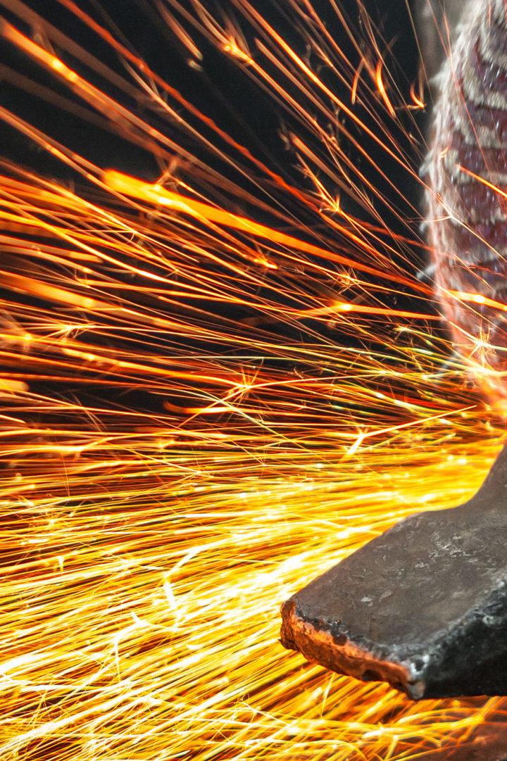 Incêndios nas fábricas de tintas