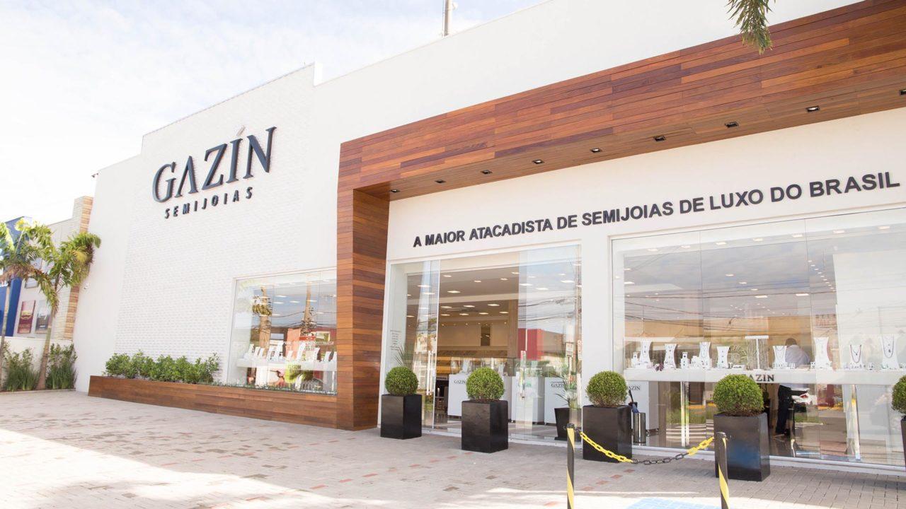 https://b8comunicacao.com.br/wp-content/uploads/2020/07/Gazin-Semijoias-Showroom-Limeira-Creditos-Divulgacao-1280x720.jpg