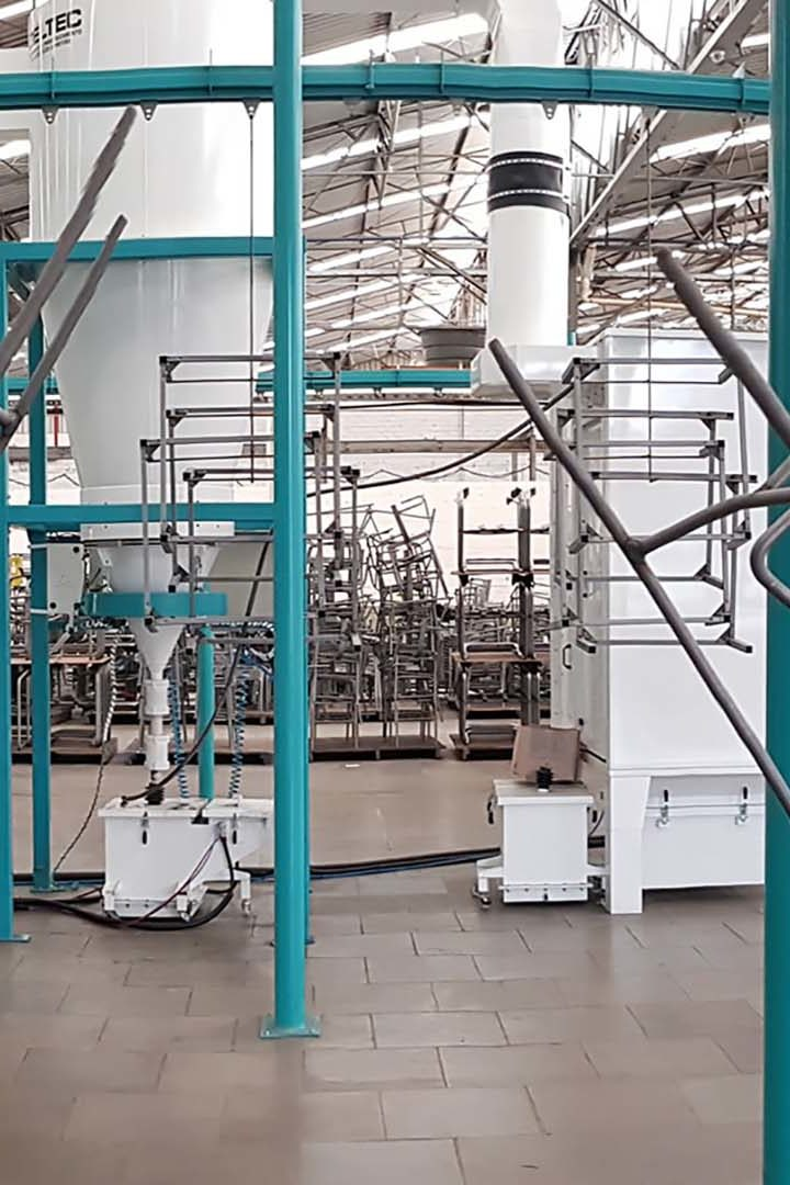 CABINE PVC, 100% nacional da Deltec