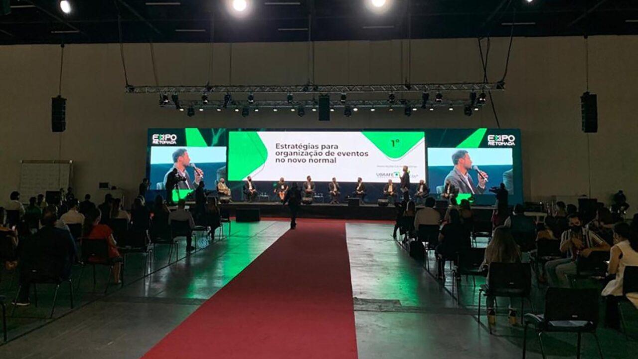 https://b8comunicacao.com.br/wp-content/uploads/2020/10/expoPalco-e-plateia-da-Expo-Retomada-no-São-Paulo-Expo-1-cópia-1280x720.jpg